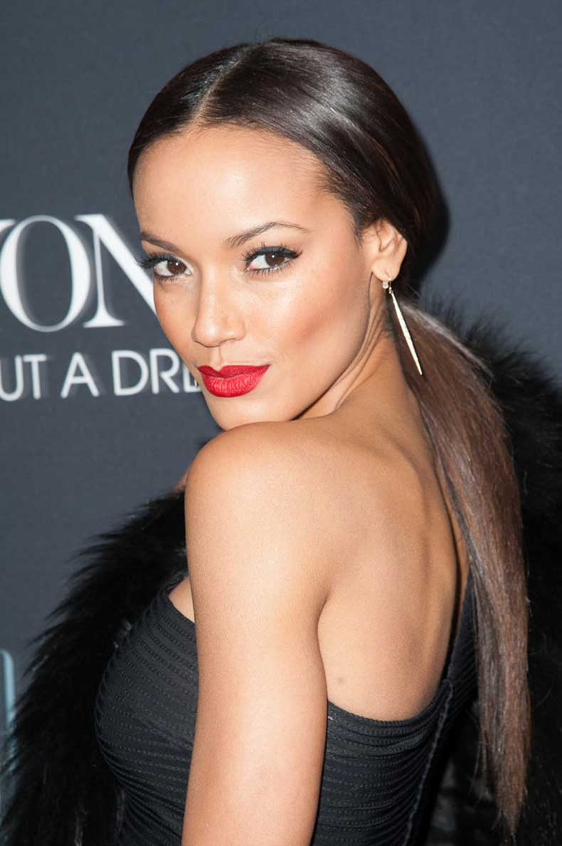 Selita-Ebanks-pulled-her-sleek-straight-hair-back