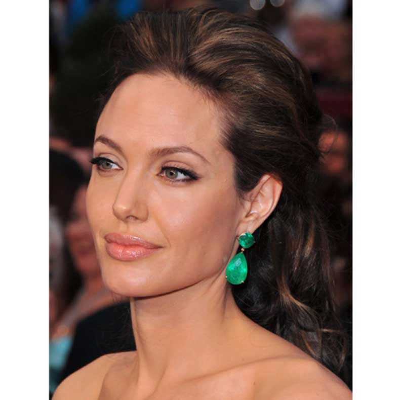 angelina-closeup-600x600