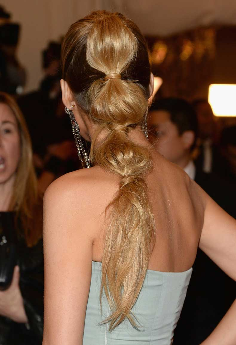 easy-re-create-Blake-Lively-Met-Gala-ponytail