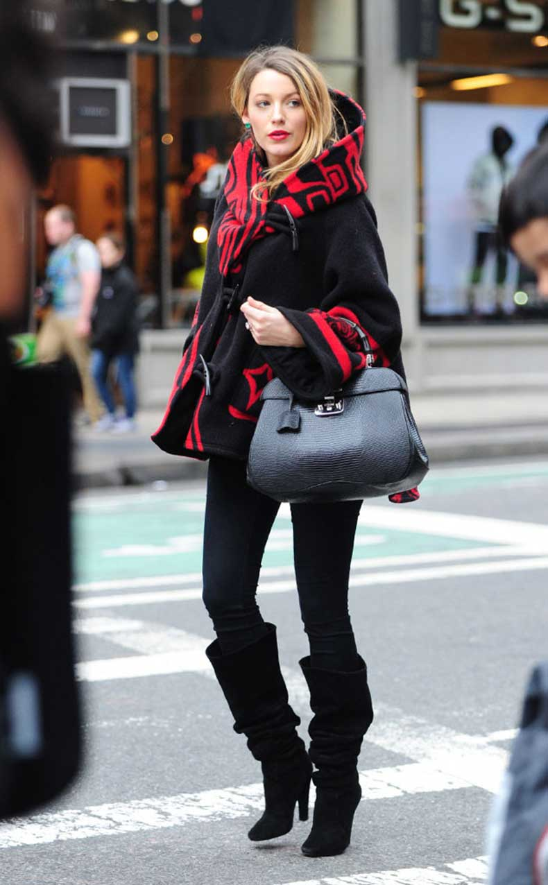 rs_634x1024-141104104834-634-blake-lively-red-coat-nycjw110414-1_1