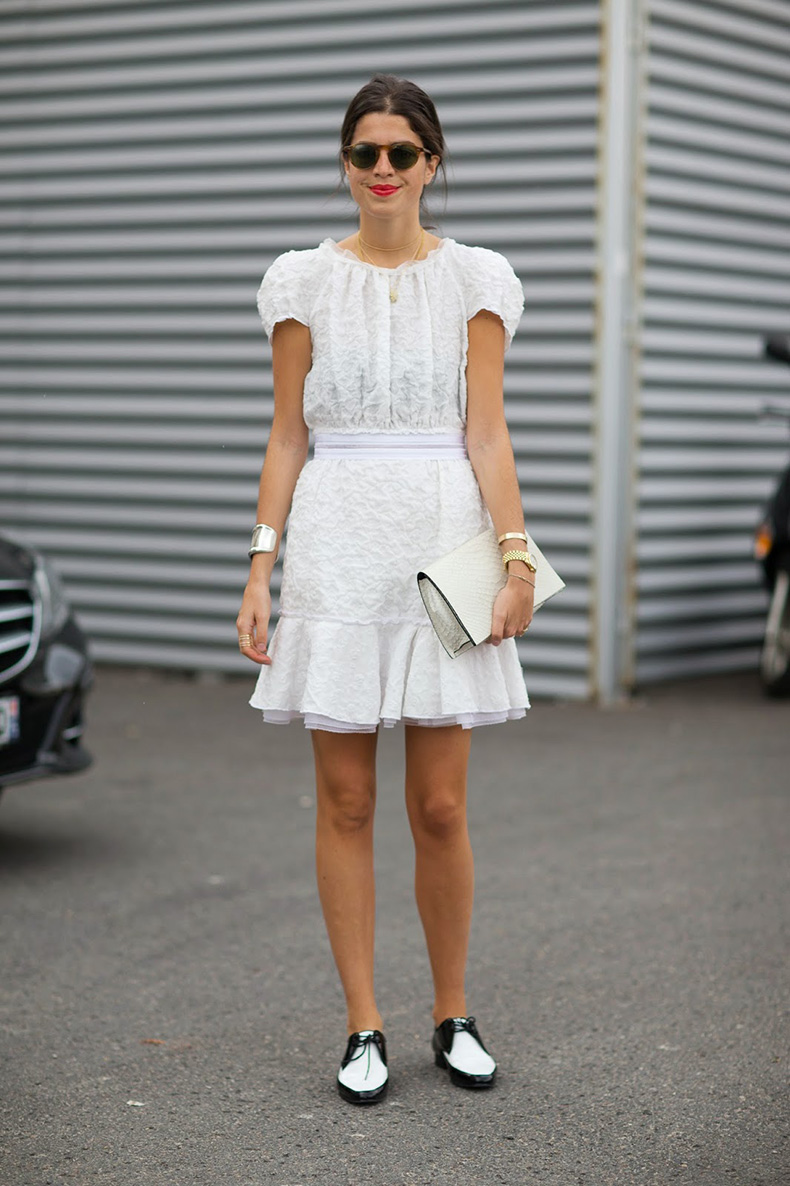street-style-trend-brogues-black-&-white-oxford-shoes-leandra-medine--fashion--trends--front-row-blog