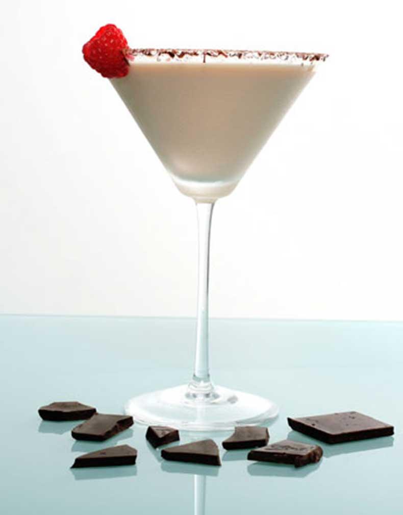 547d38a679bd2_-_effen-raspberry-chocolate-cheesecake-martini-12-lg
