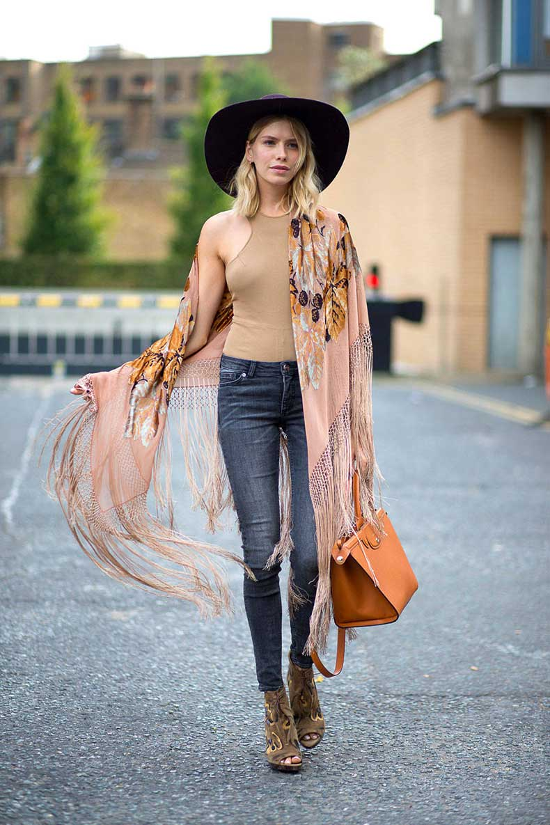 54bc1c77681e3_-_hbz-lfw-ss2015-street-style-day3-01-lg