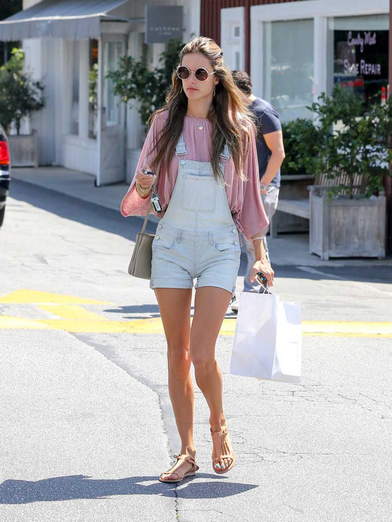 Alessandra-Ambrosio-looked-festival-ready-streets-LA-her