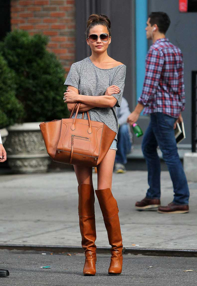 Chrissy-Teigen-wasnt-afraid-work-matchy-matchy-look-when-she