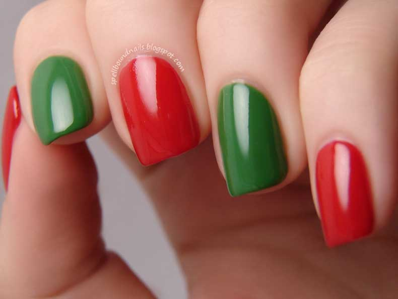 Christmas-Nail-Art-Designs-11