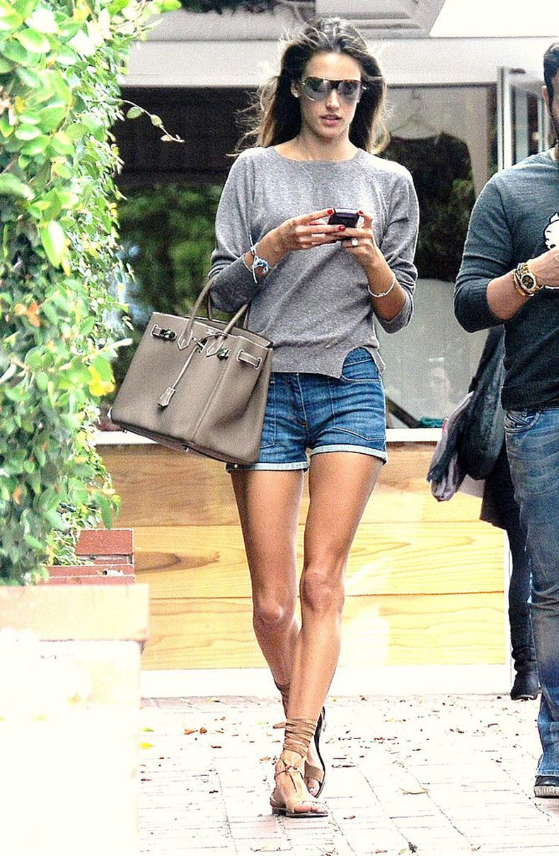 Cutoff-chic-Alessandra-Ambrosio-accessorized-her-pair-Birkin