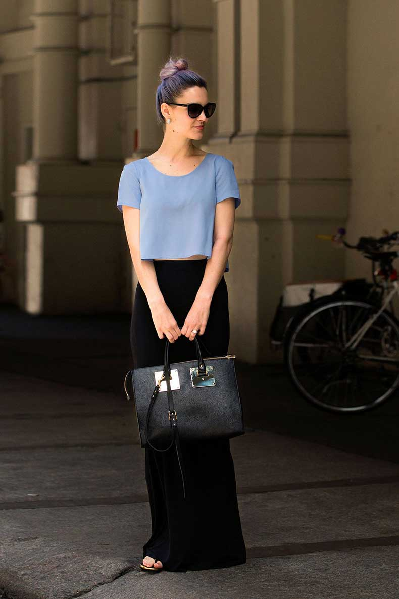 Gayle-Taliaferro-does-periwinkle-two-ways