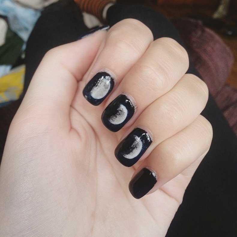 Grunge-Nails-(2)