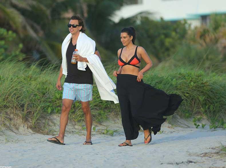Kim-Kardashian-paired-her-bikini-top-sarong