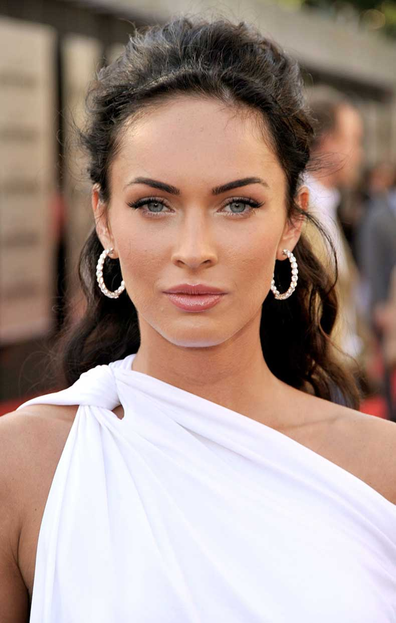 Megan+Fox+Hoop+Earrings+Diamond+Hoops+ISq_ZvbyL5hx