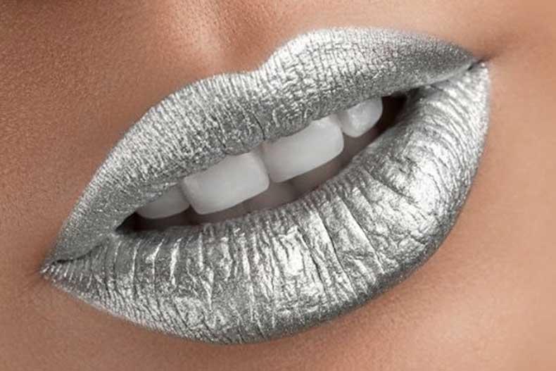 Metallic-Lips
