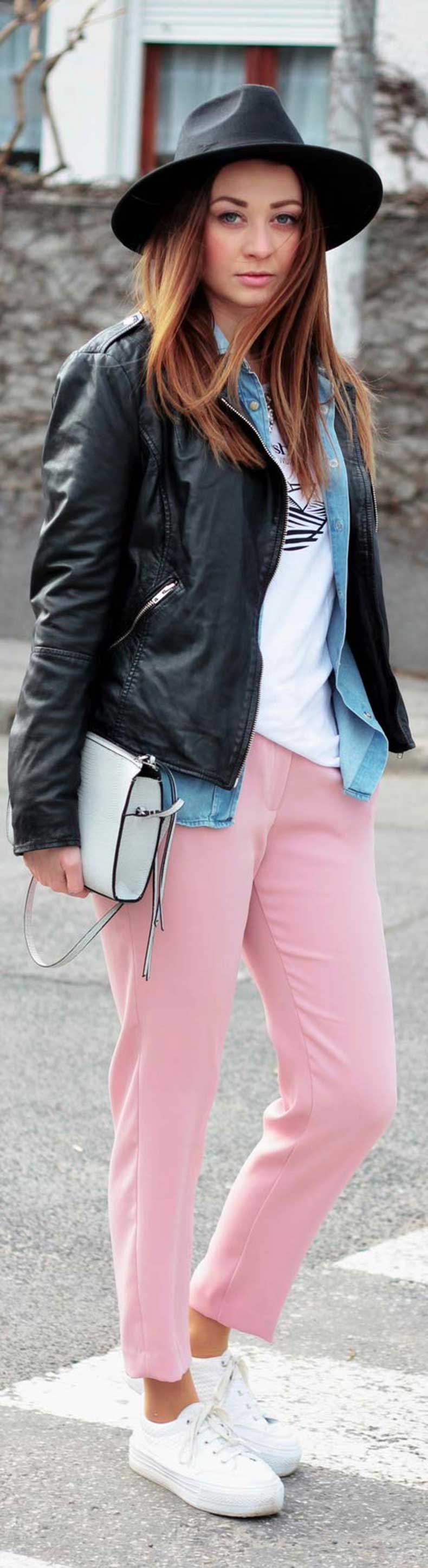 Pink-Pants-White-Sneakers-Spring-Outfit