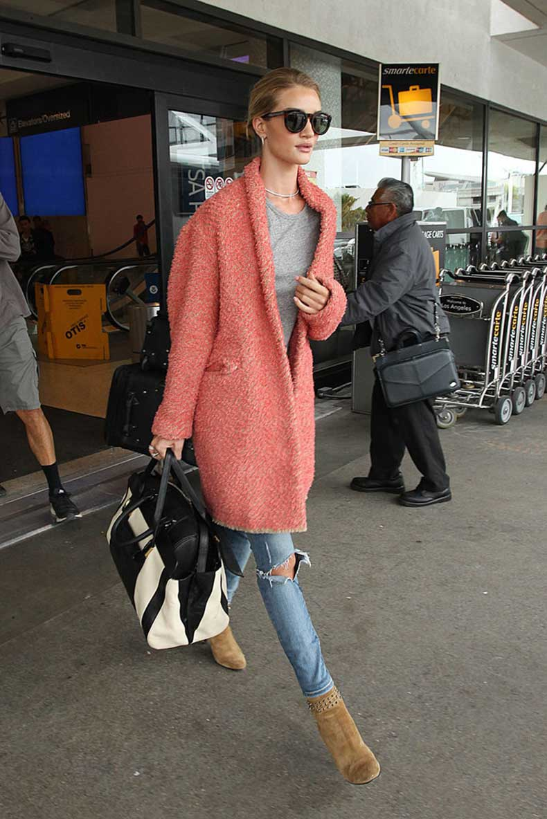 Rosie-Huntington-Whiteley-proved-all-you-need-great-jacket