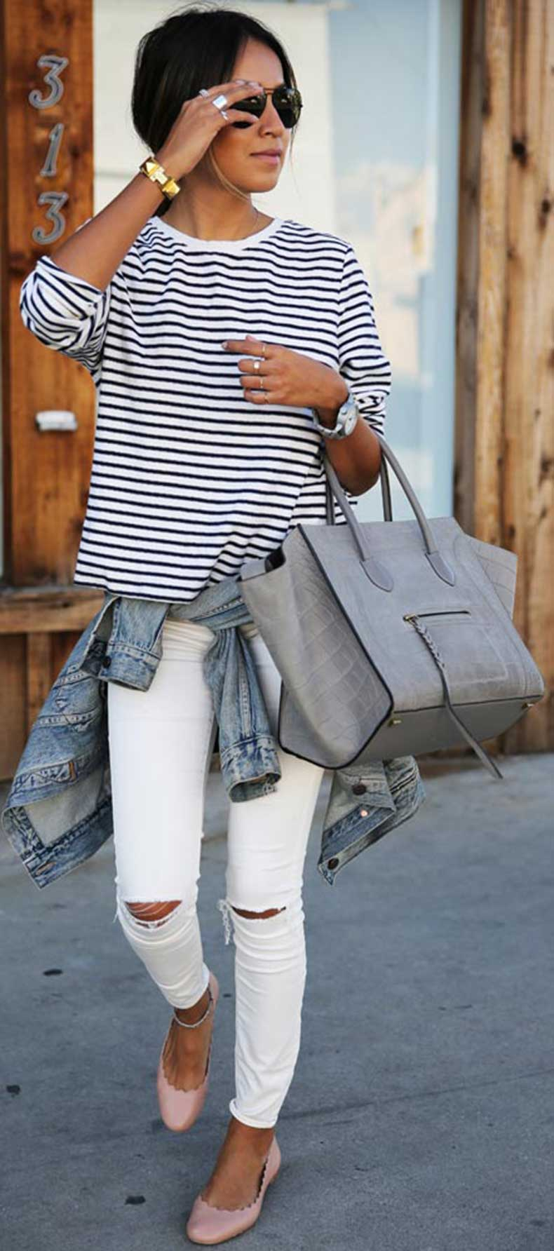 Striped-Blouse-White-Skinny-Jeans-Outfit
