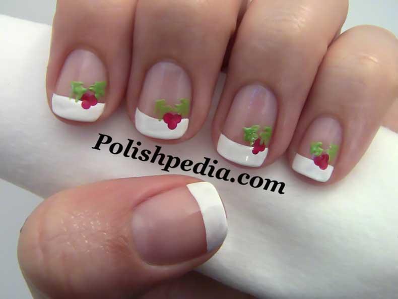 christmas-holly-nail-art