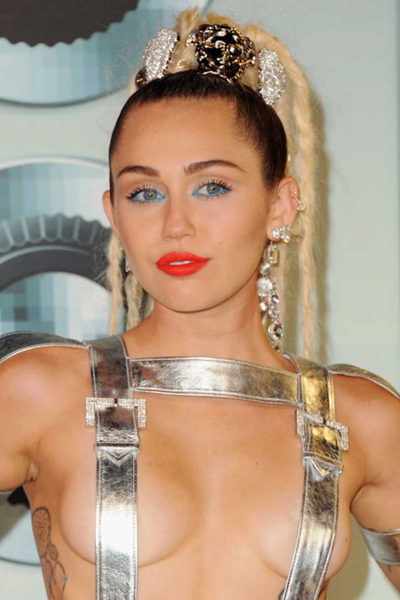 elle-best-beauty-miley-cyrus-getty