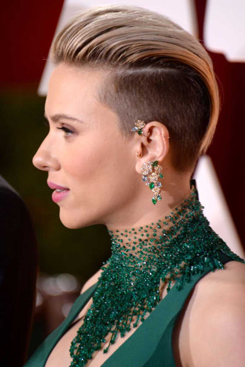elle-best-beauty-scarlett-johansson-getty