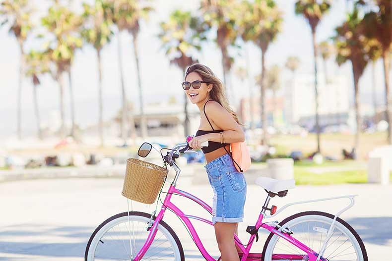 marianna-hewitt-blog-scuba-swimwear-venice-beach-outfit-street-style-vogue-bike