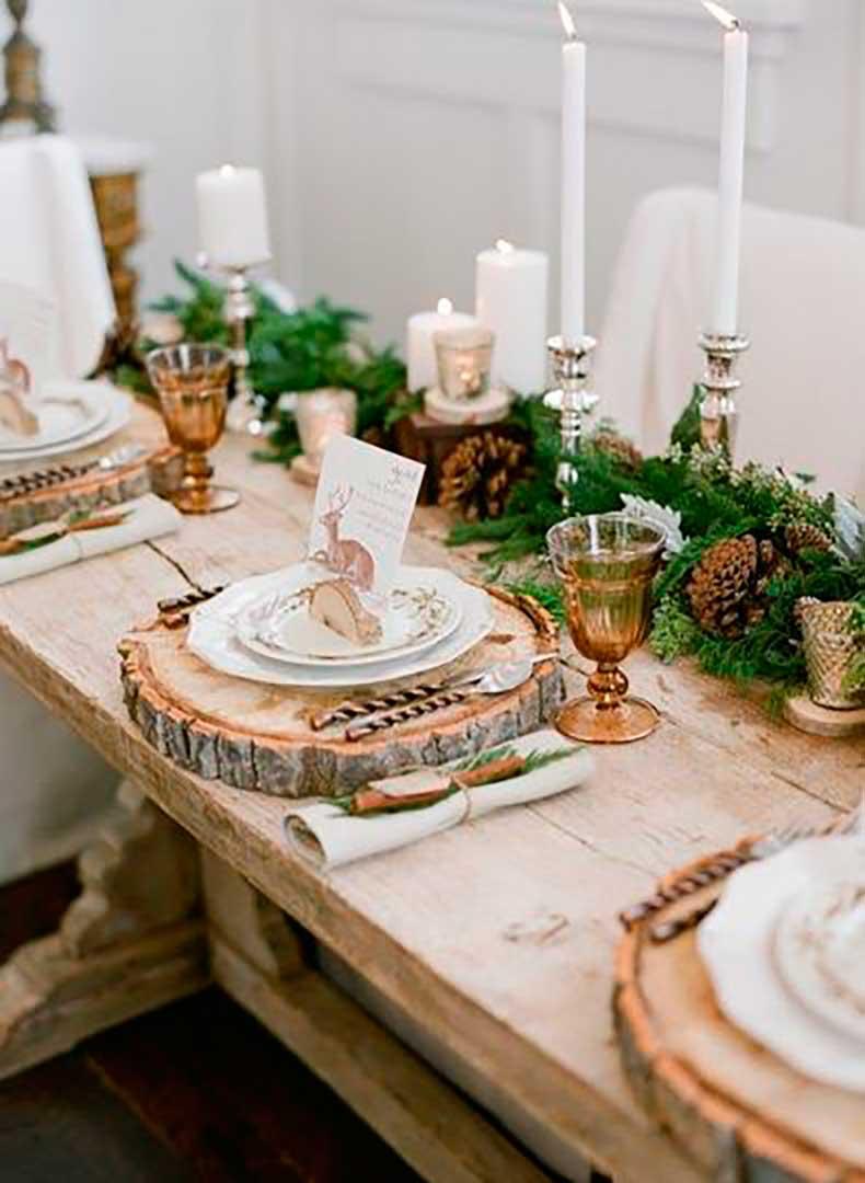 une-table-de-fete-forestiere-pour-un-noel-rustique_5135979