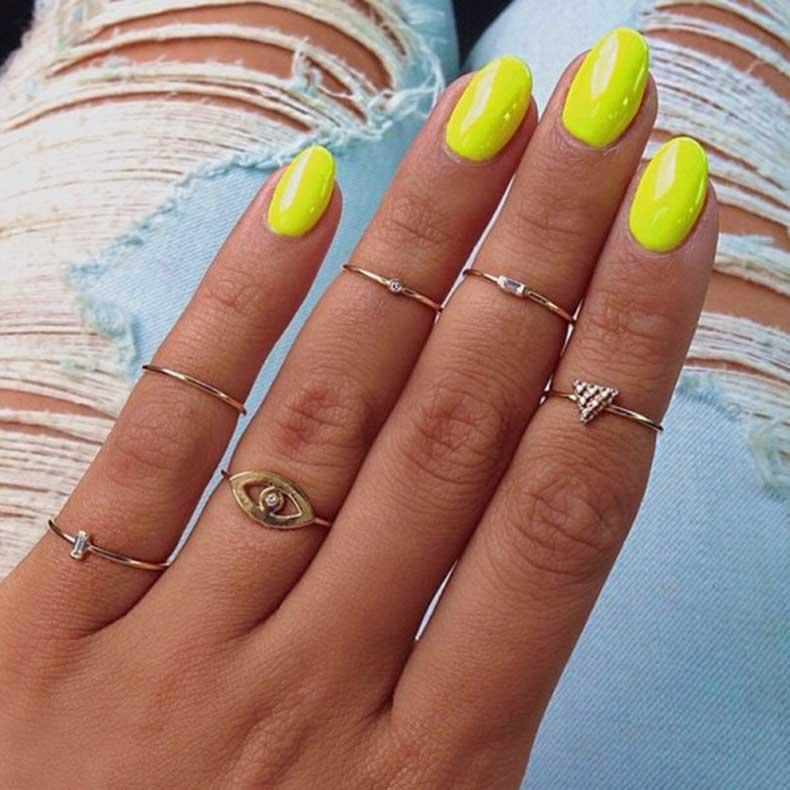 zoe-chicco-jewelry-rings-600x600