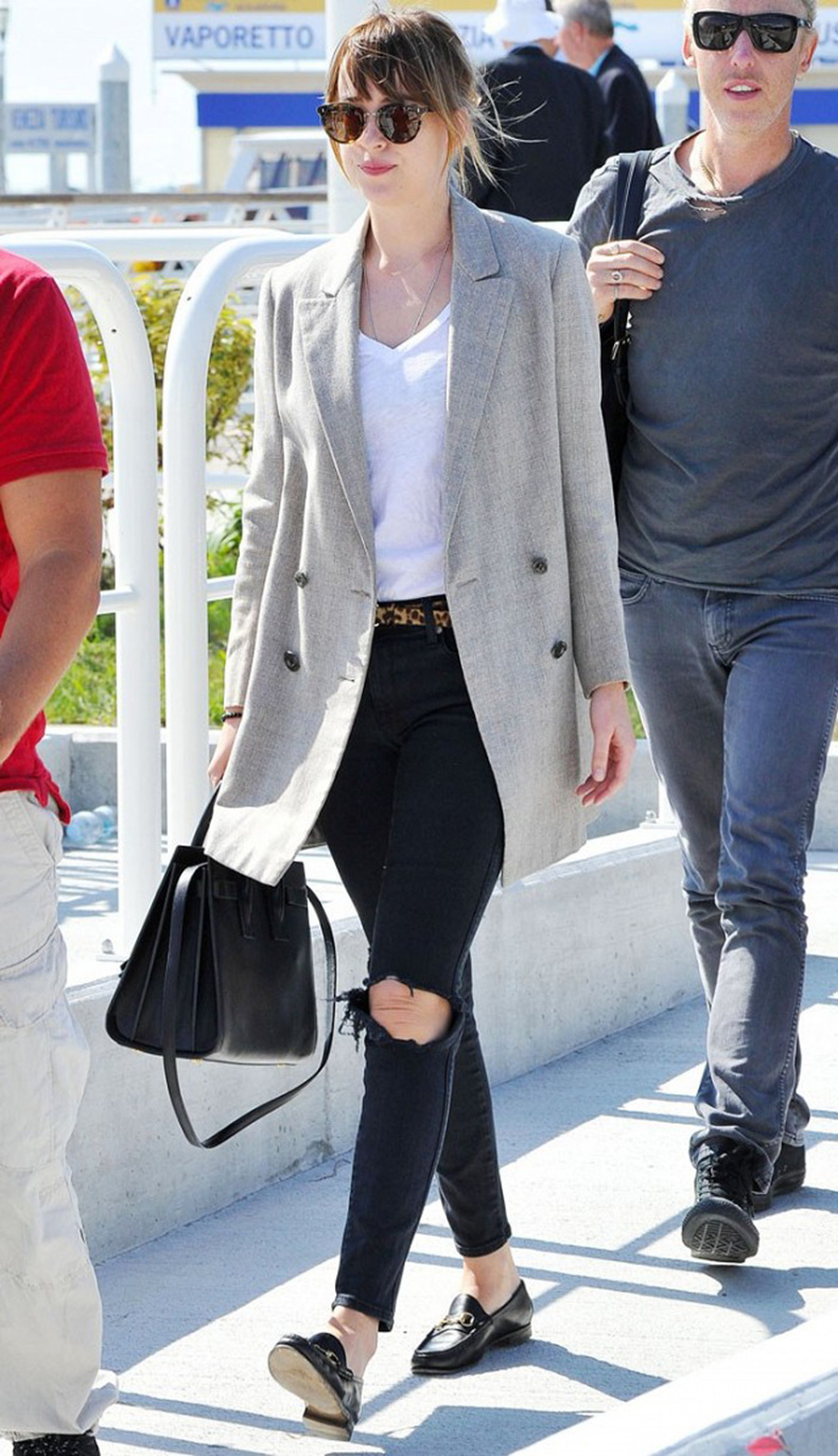 3-ways-to-wear-a-basic-white-t-shirt-like-a-celebrity-1635959-1453878949.640x0c