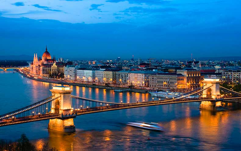 Budapest-(1)