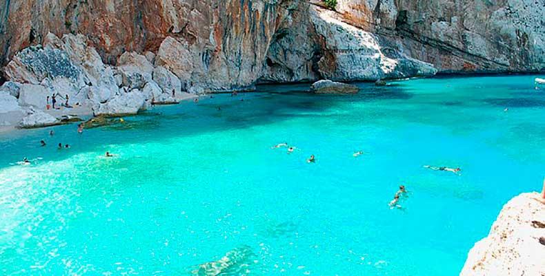 Cala-Gonone-Sardinia