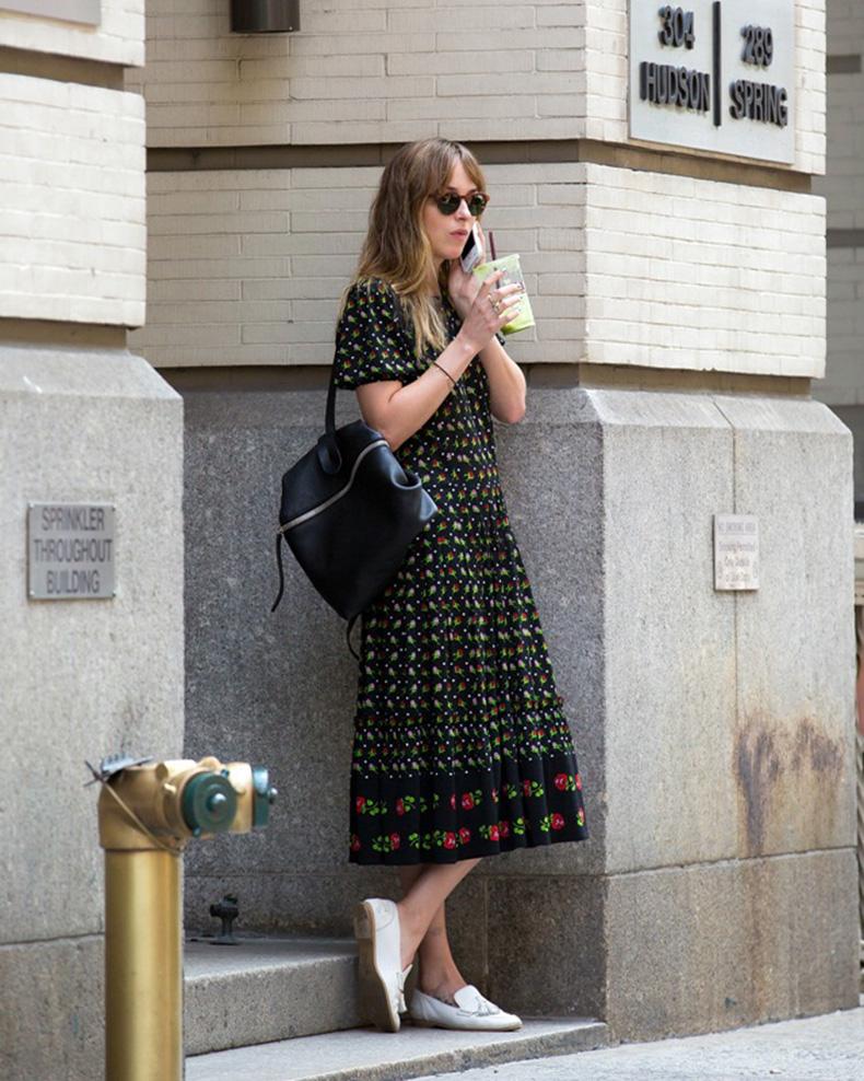 Dakota-Johnson-In-New-York-Printed-Dress