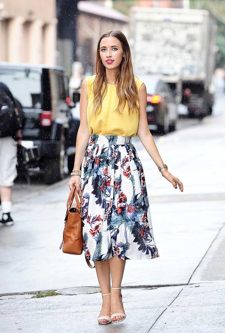 Florals-brighten-up-your-work-space-pretty-full-skirt