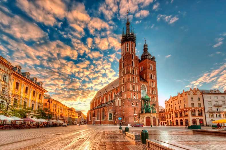 Mary-Basilica-Krakow-s
