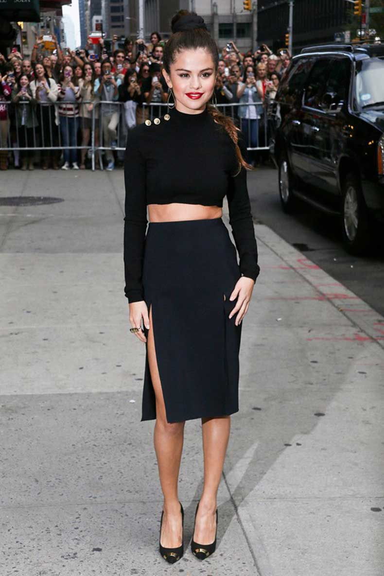 Selena-Gomezs-Winter-Fall-Style-2014-2015-Celebrity-Fashion-Trend-3