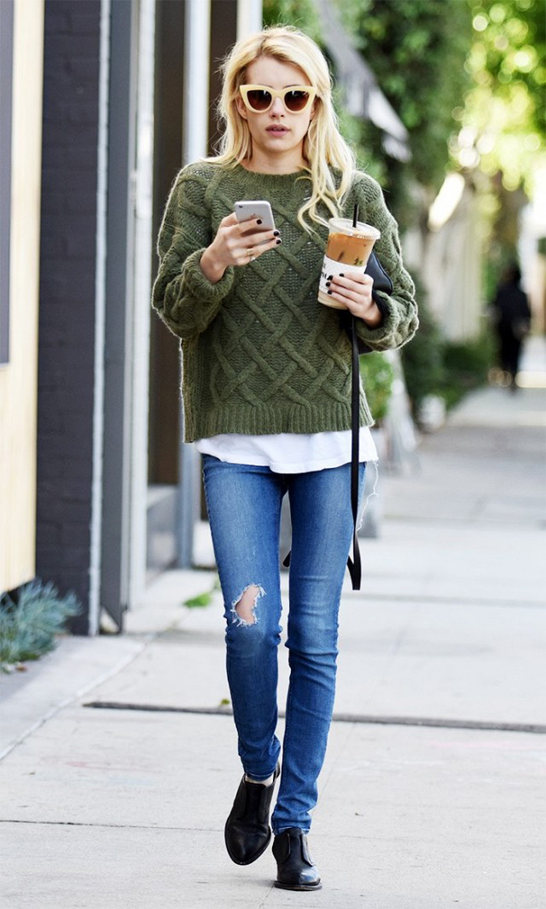 emma-roberts-cozy-sweater-is-perfect-for-fall-1514890.640x0c
