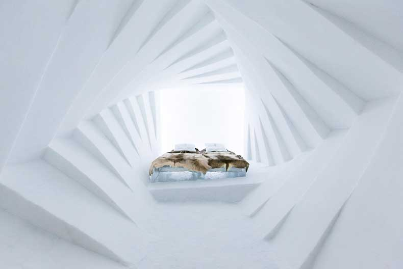 icehotel-sweden-25-anniversary-room-photo