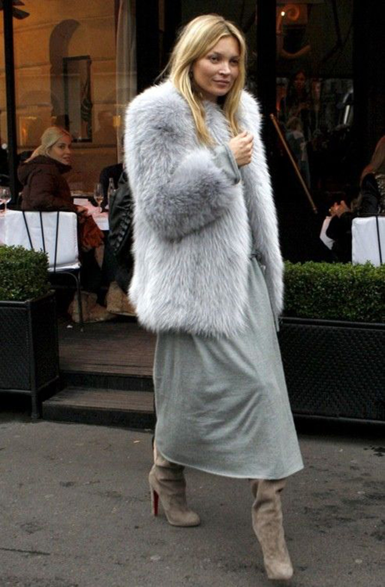 kate-moss-grey-fur-coat-grey-maxi-dress-tan-booties-night-out-going-out-party-winter-outfit-summer-to-winter-maxi-dress-in-winter-via-mc