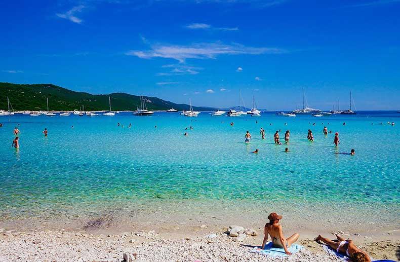 saharun-beach-3