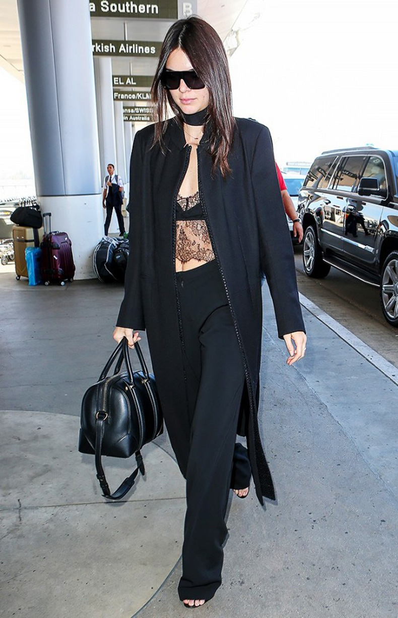 the-10-piece-kendall-jenner-wardrobe-1615942-1452215253.640x0c
