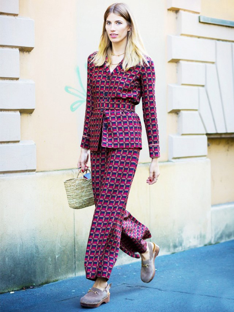 the-new-way-to-wear-bold-prints-1595526-1450118176.640x0c