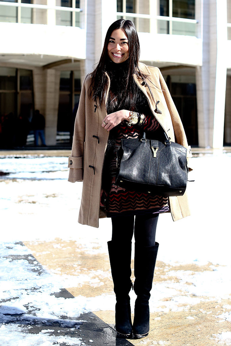 Classic-pieces-like-camel-coat-luxe-black-bag-always-work