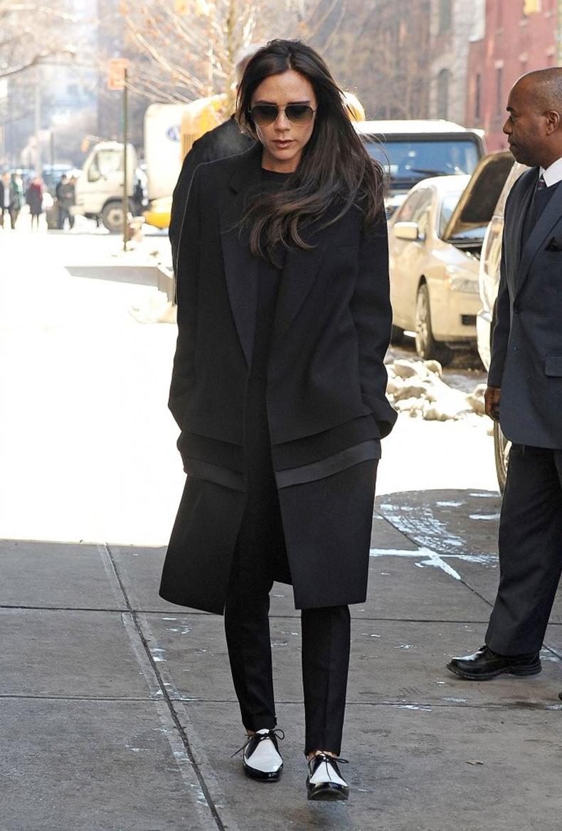 Le-Fashion-Blog-Victoria-Beckham-Aviator-Sunglasses-Black-Coat-Flats-Two-Tone-Saint-Laurent-Derby-Shoes