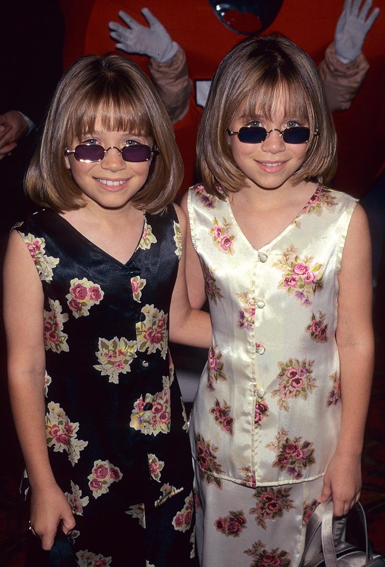 Mary-Kate-Olsen-Ashley-Olsen-sported-some-shades-Audrey