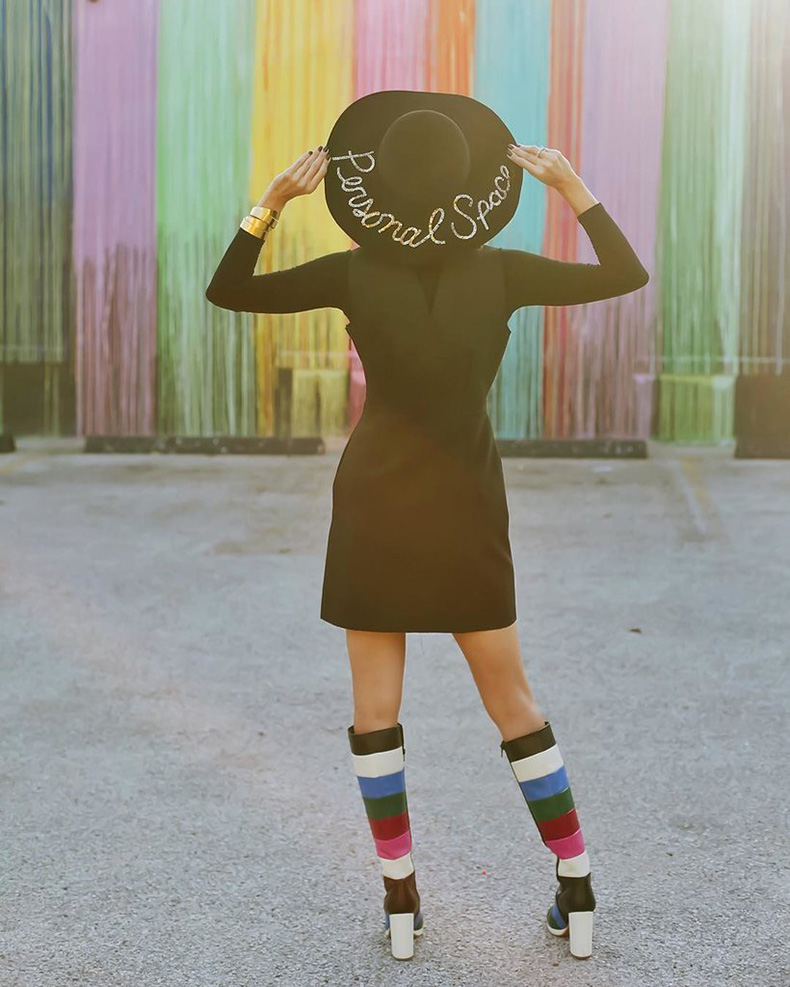 Wide-Brim-Hat-Black-Shirt-Cuff-Colorful-Boots