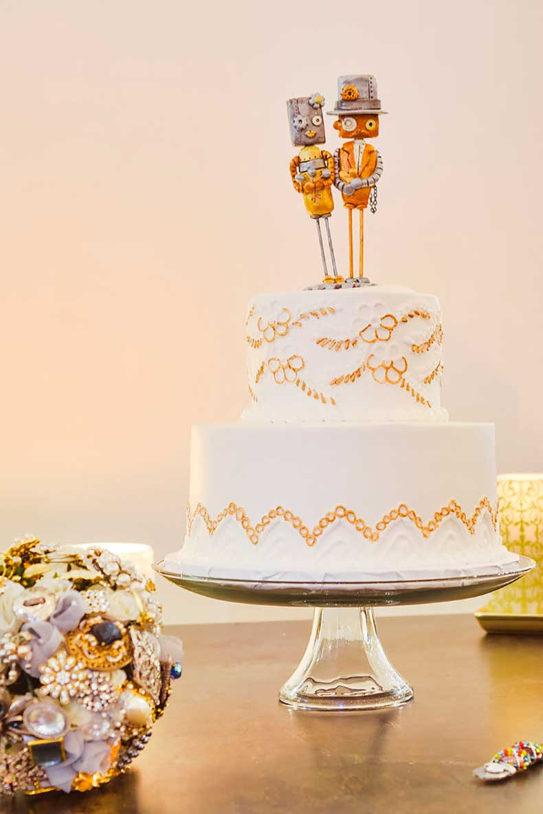 classic-tiered-cake-looks-like-hand-embroidered