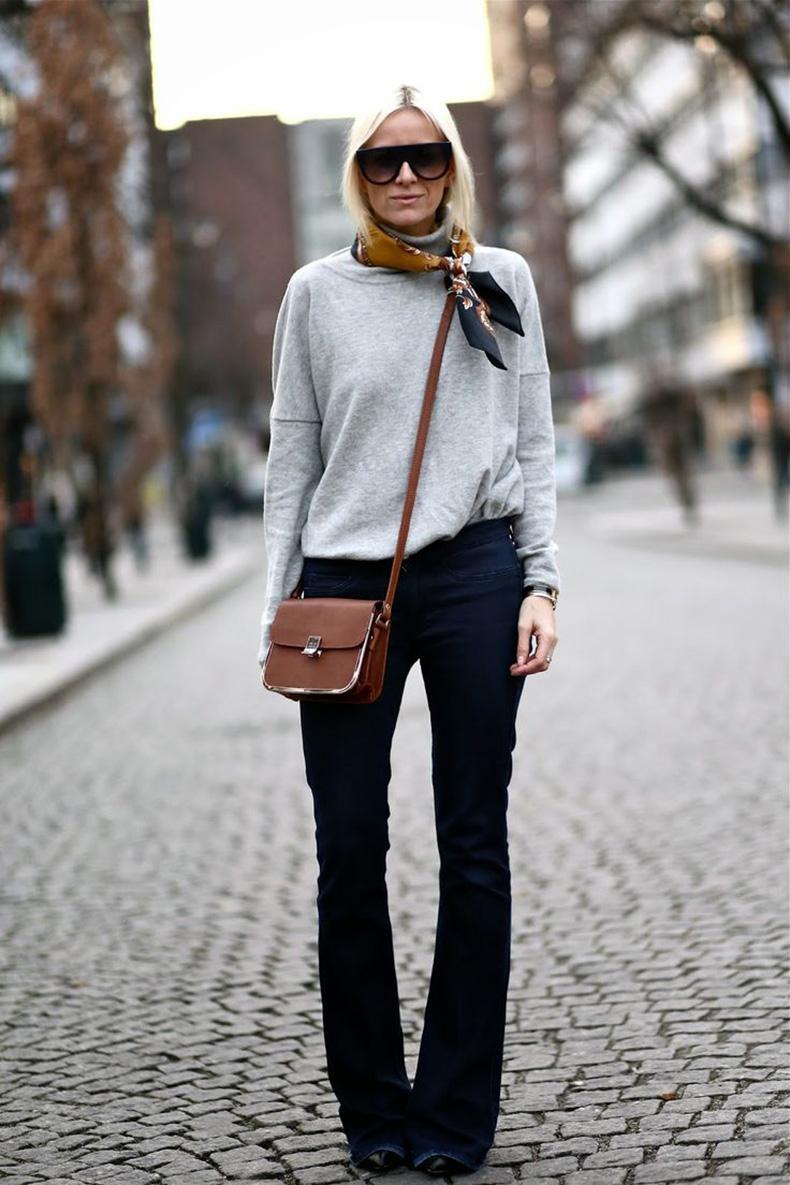 flare-jeans-trend-streetstyle-heelsandpeplum-5