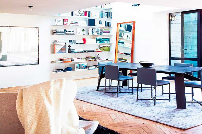 home-tour-a-masculine-modern-home-in-los-angeles-1654587-1455234672.640x0c
