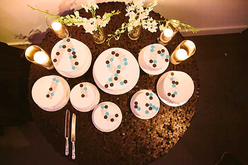 industrial-chic-wedding-used-sugar-buttons-create-bold