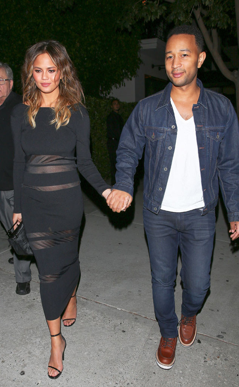 rs_634x1024-151105051335-634.John-Legend-Chrissy-Teigen-JR-100515