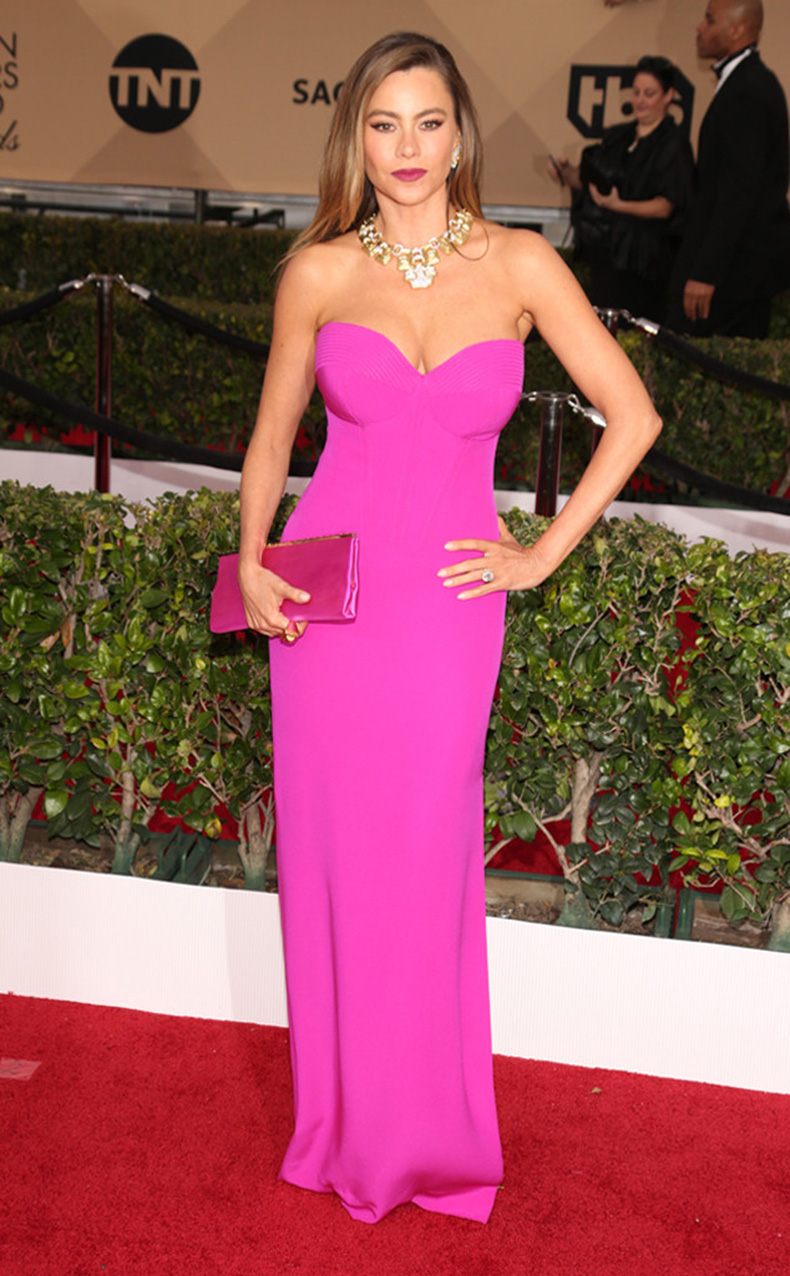 rs_634x1024-160130171011-634-sofia-vergara-sag-awards-red-carpet-arrivals-013016