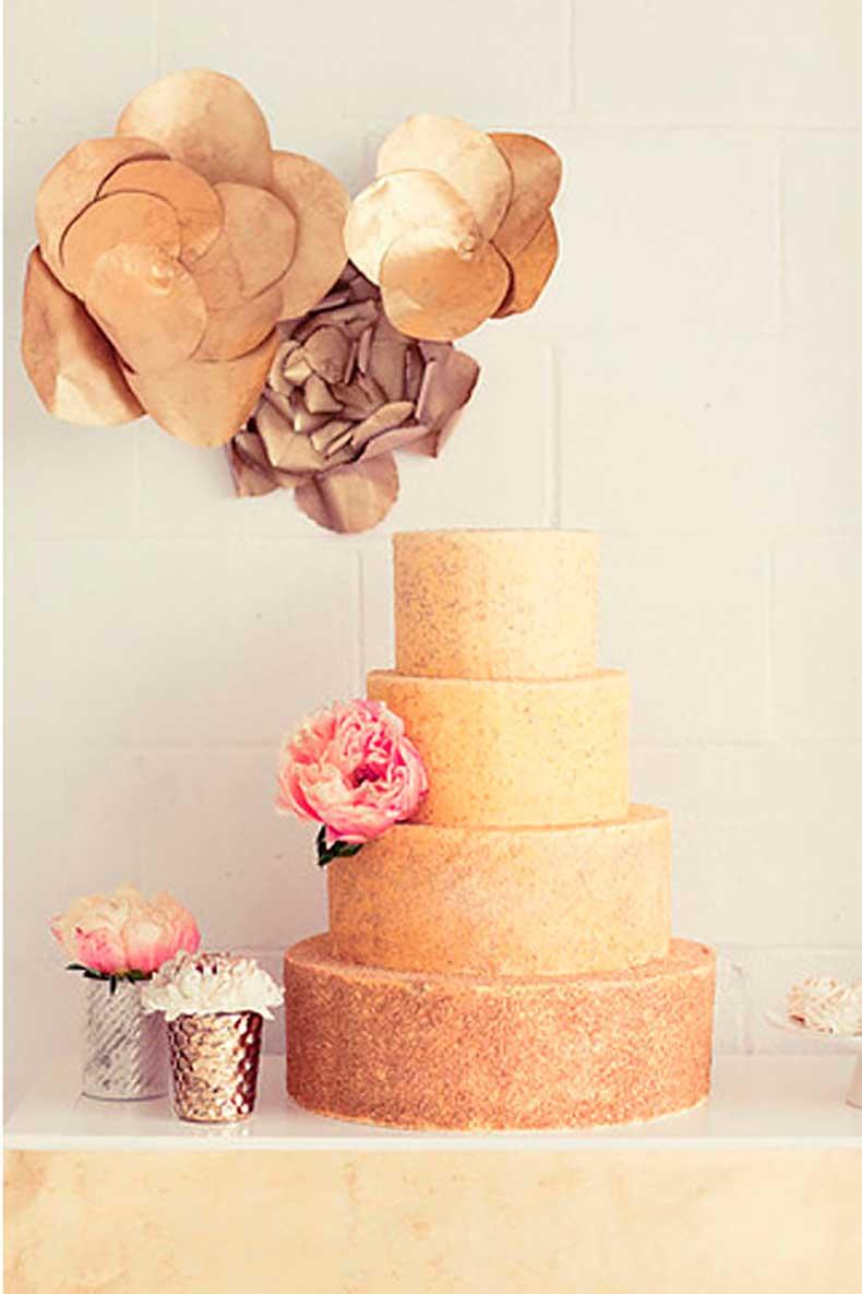 shape-cake-unpretentious-gets-gold