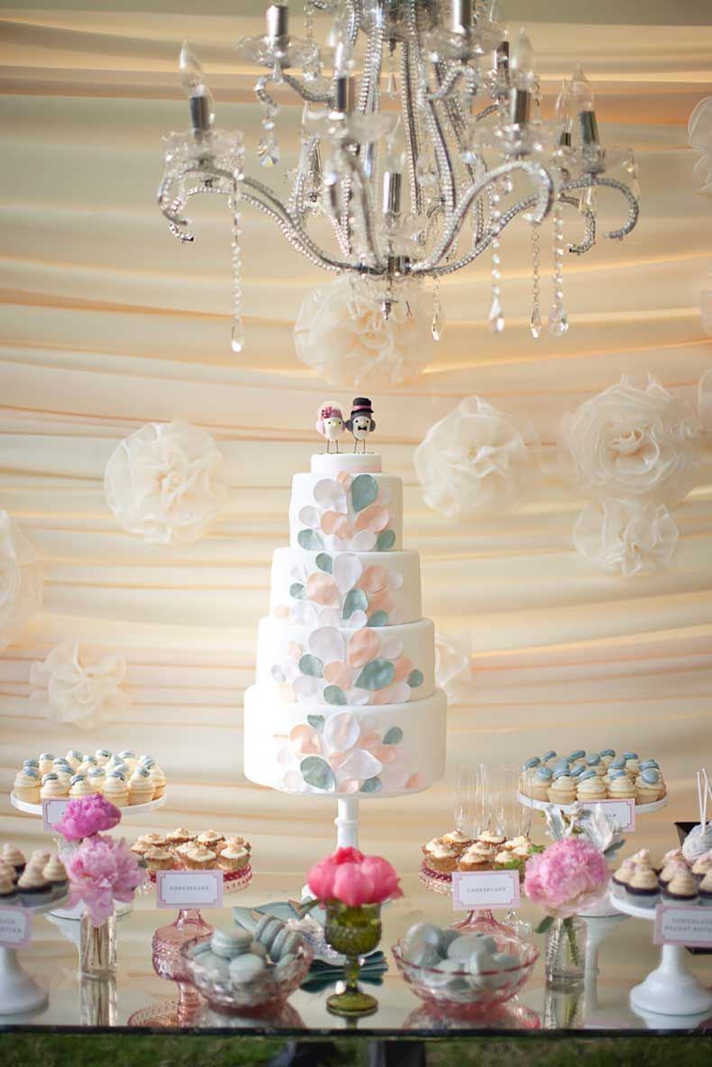 soft-colors-design-dreamy-cake-look-like-mix